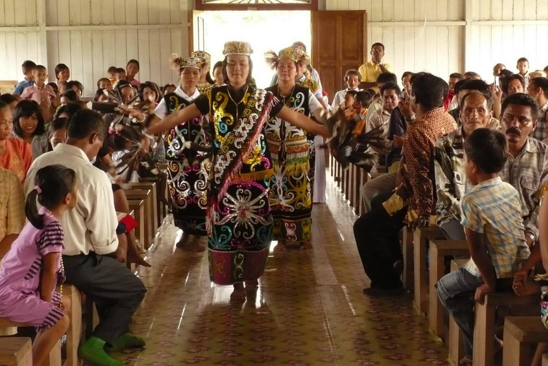 <b>Misa de inculturación,  Penajam, Kalimantan</b><br>7 Noviembre 2011