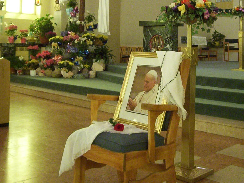 <b>Celebrating the life of John Paul II - 2</b><br>This chair was lovingly prepared for His Holiness Pope John Paul II by the staff and students of Labrador City Collegiate in September 1984. Our Lady of Perpetual Help Cathedral, Labrador City, NL.<br>Fr. Jarek Pachocki, OMI<br>April 5th, 2005