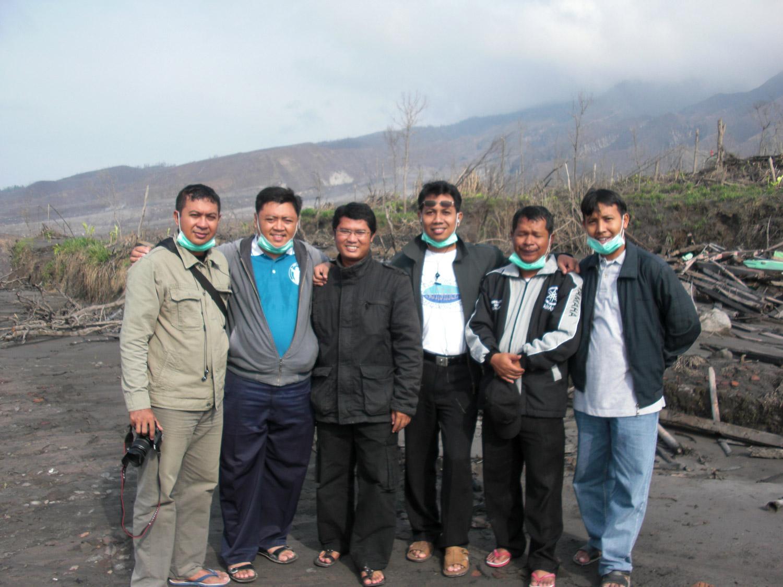 <b>La erupción del Monte Merapi en 2010 - 6 jóvenes oblatos visitaron el sitio</b><br>14 Noviembre 2011