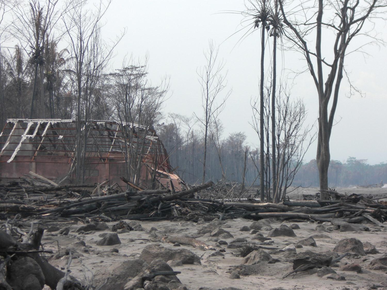 <b>Después de la erupción del Merapi 2</b><br>14 Noviembre 2011